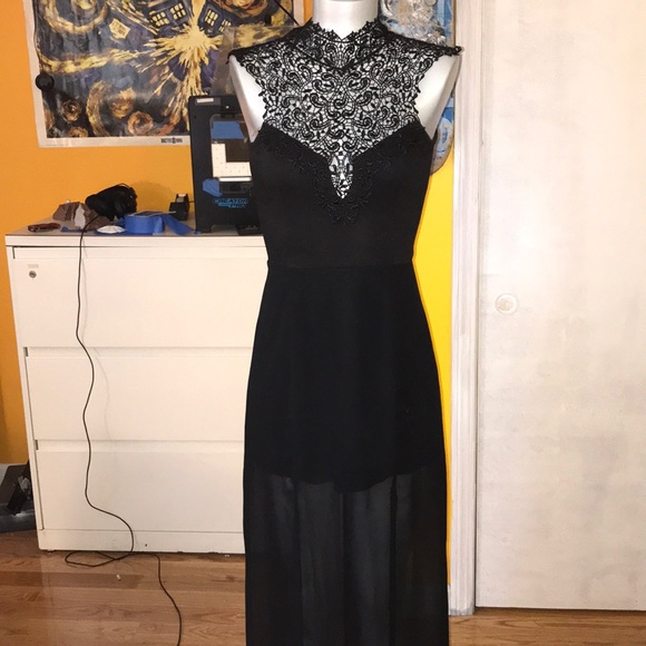 Victorian goth lace maxi dress small
